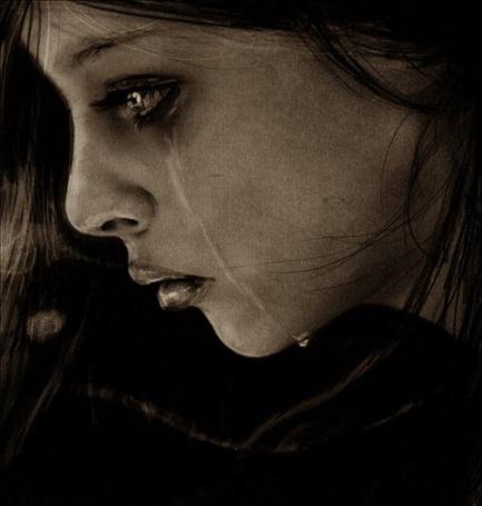 Фото Слёзы стекают по лицу... (© Radieschen), добавлено: 07.01.2011 11:54