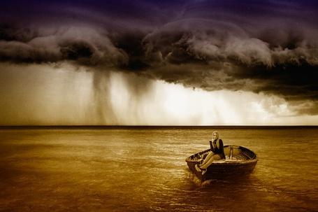 Фото Феломена на море в шторм