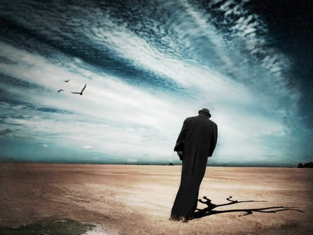 Фото одинокий мужчина идёт по пустыне (© Флориссия), добавлено: 29.01.2011 14:46