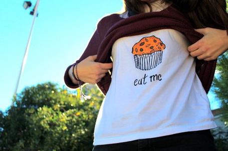 ���� ������� � �������� � �������� 'Eat me'