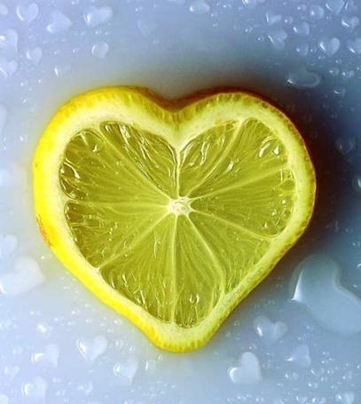 Фото Сердечком лимон на льду (© Лейзи), добавлено: 21.02.2011 16:53