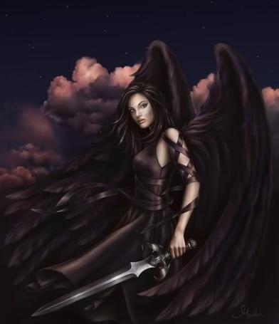 Фото Девушка - чёрный ангел с мечом в руке...