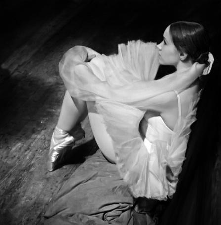 Фото Грустная балерина (© Штушка), добавлено: 27.02.2011 21:48