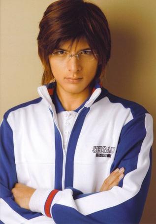 Фото Японский актер Широта Юу / Shirota Yuu в очках (© Юки-тян), добавлено: 03.02.2011 13:55