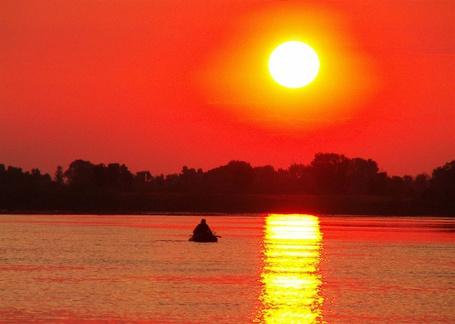 Фото Закат на реке (© Штушка), добавлено: 01.03.2011 21:33