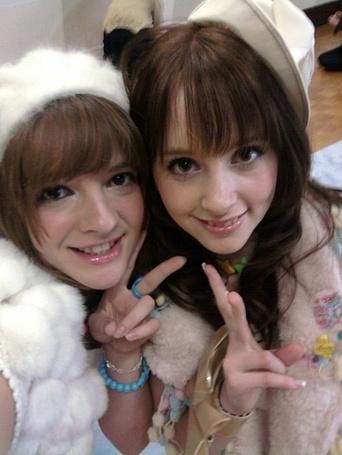 Фото Gemma Cruel & Sarah Cruel (© Юки-тян), добавлено: 04.03.2011 15:32