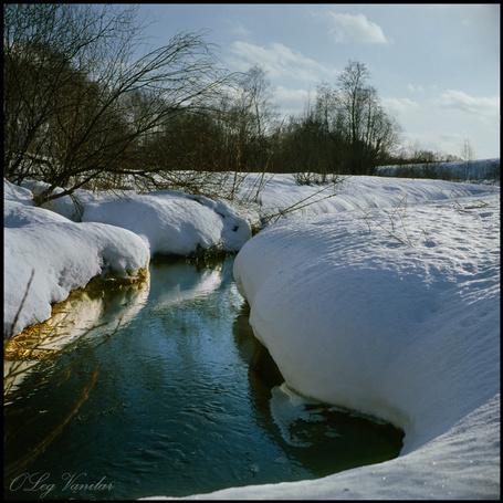 Фото 'Cтенки притихшего наста' - Oleg Vanilar (© Юки-тян), добавлено: 10.03.2011 07:50