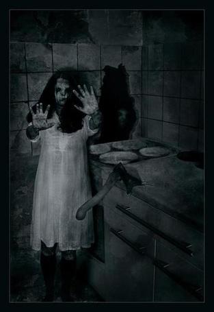Фото Страшная девочка в углу тёмной комнаты (© Штушка), добавлено: 09.04.2011 19:17