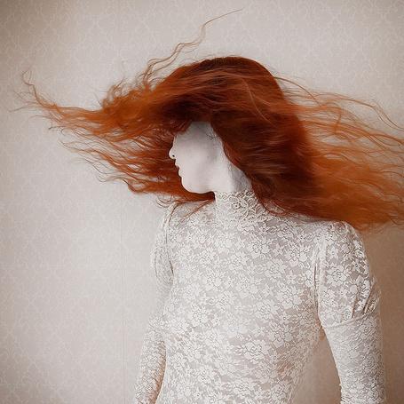 Фото Рыжеволосая девушка в кружевной одежде (© Niar), добавлено: 12.04.2011 20:25
