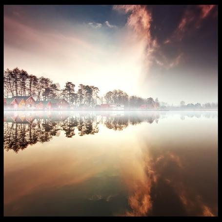 Фото Домики возле озера