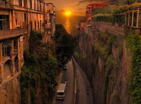 Фото Старинный город на берегу океана (© Штушка), добавлено: 27.04.2011 21:36