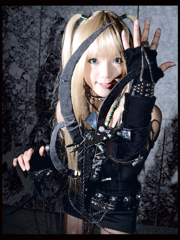Фото Косплей по аниме 'Тетрадь Смерти', персонаж Миса