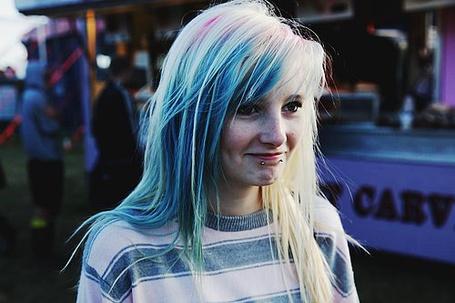 Фото Девушка с голубыми волосами (© Electraa), добавлено: 03.06.2011 22:54