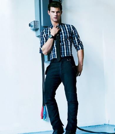 ���� ������ ������/Taylor Lautner (� ����������), ���������: 10.06.2011 11:37