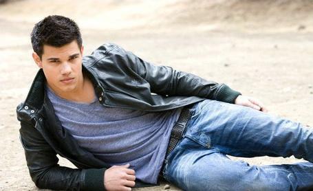 Фото Тэйлор Лотнер/Taylor Lautner (© Евангелина), добавлено: 11.06.2011 12:29