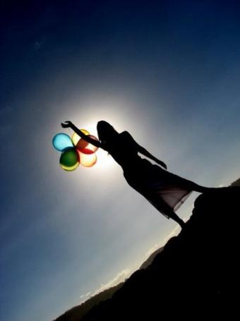 Фото Девушка с воздушными шарами (© Юки-тян), добавлено: 16.06.2011 22:14