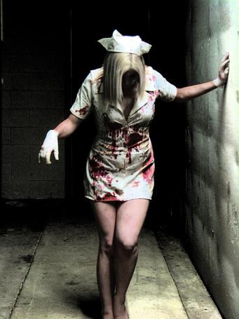 Фото Медсестра в крови Silent hill (Сайлент хилл) (© Radieschen), добавлено: 17.06.2011 14:38