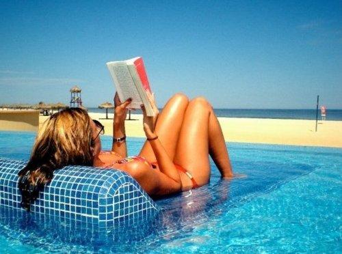 любительское фото в воде и в бассейне
