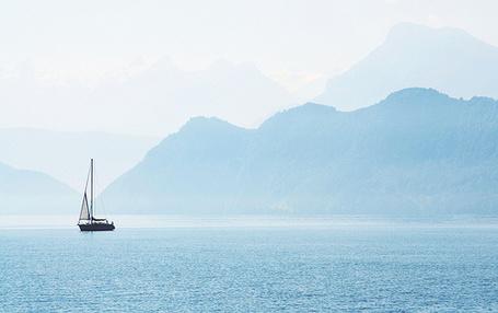Фото Яхта в море (© Штушка), добавлено: 03.07.2011 14:12