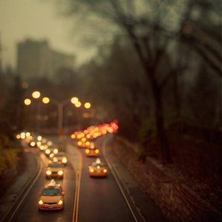 Фото Вечернее движение на дороге (© Радистка Кэт), добавлено: 29.07.2011 18:48