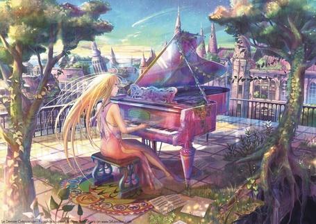Фото Девушка играет на фортепиано на крыше здания (© Юки-тян), добавлено: 31.07.2011 18:21