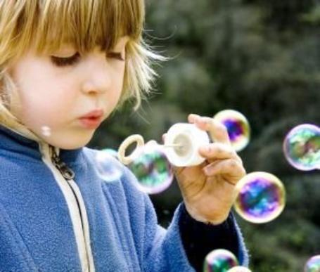 Фото Мыльные пузыри (© Юки-тян), добавлено: 01.08.2011 01:01