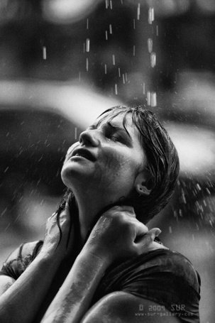 Фото Грустная девушка под дождём (© Флориссия), добавлено: 01.08.2011 18:02