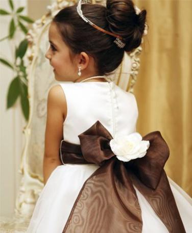 Фото Девочка в платье (© Юки-тян), добавлено: 05.08.2011 10:24