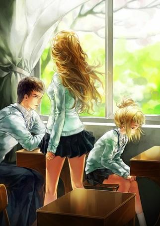 Фото Школа. В классе девушка и парень сидят за партой. Мимо них проходит ещё одна девушка