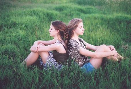 Фото Девушка в поле (© Юки-тян), добавлено: 19.08.2011 10:57