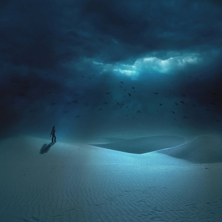 Фото Странник бредёт по ночной пустыне (© Флориссия), добавлено: 23.08.2011 21:09