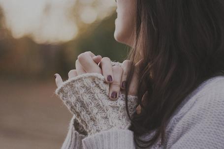 Фото Девушка в теплой кофте (© Радистка Кэт), добавлено: 26.08.2011 21:31
