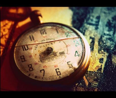 Фото Старинные часы (© D.Phantom), добавлено: 27.08.2011 03:29