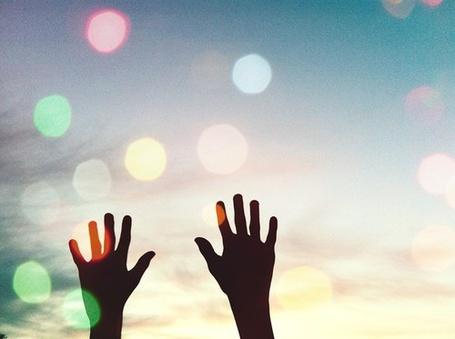 Фото Руки тянутся к небу (© Радистка Кэт), добавлено: 30.08.2011 00:13