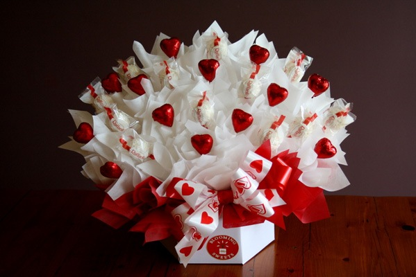 Сделать букеты из конфет своими руками фото
