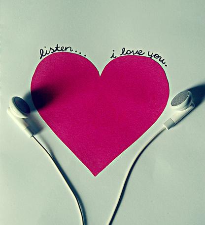 Фото Наушники и сердце ('Listen... I love you.' / 'Слушай... я люблю тебя.') (© Радистка Кэт), добавлено: 02.09.2011 18:15