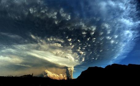 Фото Извержение вулкана (© Флориссия), добавлено: 05.09.2011 14:31