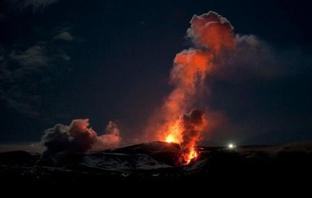 Фото Извержение вулкана (© Флориссия), добавлено: 05.09.2011 14:32