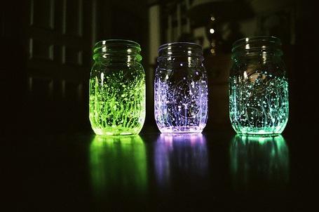 Фото Баночки светятся разноцветными огнями (© Шепот_дождя), добавлено: 08.09.2011 00:04