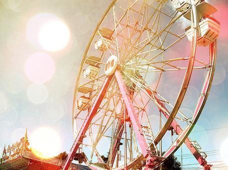 Фото Колесо обозрения (© Радистка Кэт), добавлено: 15.09.2011 23:32