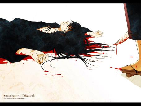 Фото Katsura Kataro лежит в луже крови, рядом стоит Takasugi Shinsuke с окровавленной катаной из аниме Gintama / Гинтама (Katsura x Takasugi. It Shouldnt Be This Way)