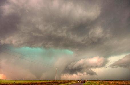 Фото Буря над полем (© Флориссия), добавлено: 26.09.2011 20:49