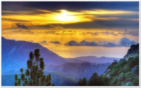 Фото Закат над горами (© Флориссия), добавлено: 29.09.2011 18:41
