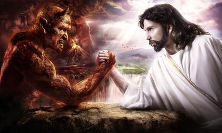 Фото Бог бориться с Дьяволом (© Lola_Weazlik), добавлено: 03.10.2011 22:05