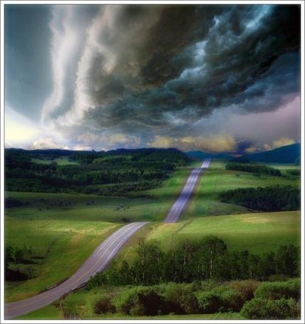 Фото Туча нависла над дорогой (© Флориссия), добавлено: 07.10.2011 13:40
