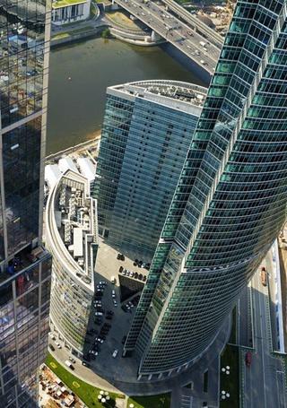 Фото Москва-сити вид сверху вниз (© alcatel), добавлено: 08.10.2011 05:12