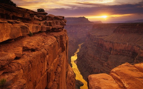 Фото Глубокие каньоны, восход солнца