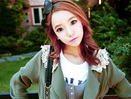 Фото Красивая шатенка (© Anime Love), добавлено: 11.10.2011 22:04