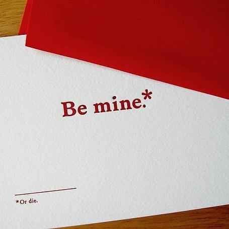 Фото Лист бумаги с надписями (Be mine or die) (© Lola_Weazlik), добавлено: 16.10.2011 20:26