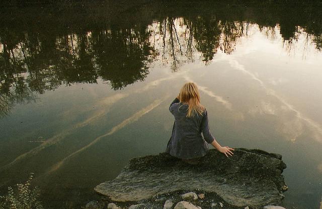 blondinka-na-vode